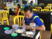 Bữa trưa muối vừng, mắm tép của xạ thủ Xuân Vinh ở SEA Games