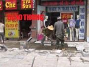 Tin tức trong ngày - Video: Cận cảnh đá lát vỉa hè Hà Nội có tuổi thọ 70 năm