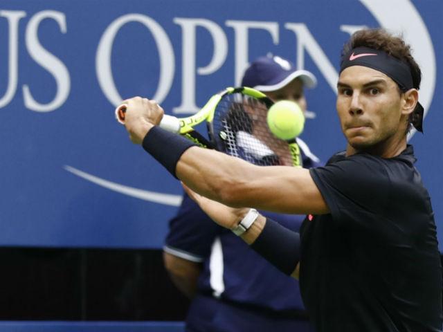 Thể thao - Clip hot US Open: Nadal trả giao bóng trái tay ảo diệu, cả sân chết lặng
