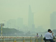 """Tin tức trong ngày - Nhiều tòa nhà ở Sài Gòn """"mất tích"""" trong sương mù"""
