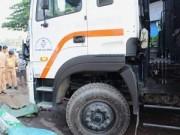 Tin tức trong ngày - Tông chết bé 12 tuổi đi phụ xe rác, container bỏ chạy