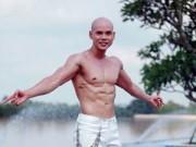 Ngôi sao điện ảnh - Phan Đinh Tùng khoe body 6 múi vạm vỡ