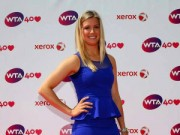 Thể thao - Tin hot kiều nữ tennis: Người đẹp Bouchard quá vui