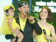 Ngôi sao điện ảnh - Vợ chồng Phan Đinh Tùng lần đầu khoe con gái trên sân khấu