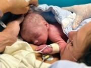 Sức khỏe đời sống - Người phụ nữ ghép tử cung đầu tiên sinh con
