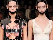 """Thời trang - Vẻ đẹp đủ sức """"giết người"""" của Alexander McQueen"""