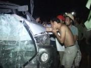 Tin tức trong ngày - Ô tô gây tai nạn chết người, đâm sập tường nhà dân