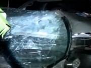 """Video An ninh - Bị xe """"điên"""" húc, 2 bé chết thương tâm"""