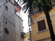 Tin tức trong ngày - Hà Nội: Ngáo đá, trèo qua chục nóc nhà như người vượn