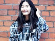 Người mẫu - Hoa hậu - Hoàng Thùy mặc váy ngắn khoe chân dài miên man
