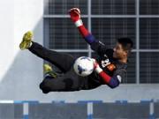 """Bóng đá - """"Siêu tiền đạo"""" U19 Việt Nam thi triển tuyệt chiêu"""