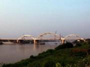 Tin tức trong ngày - Hà Nội: Thông xe cầu vòm thép trên đường 5 kéo dài