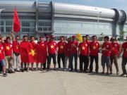 """Bóng đá - Fan Việt bất chấp đường xa nắng nóng """"tiếp lửa"""" U19"""