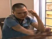 """Video An ninh - Côn đồ xách dao """"đại náo"""" quán bar"""