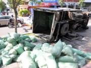 Tin tức trong ngày - TPHCM: Ngồi vỉa hè, một phụ nữ bị ô tô đè chết