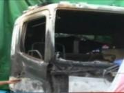 Video An ninh - Hưng Yên: Ô tô chở 40 xe máy bốc cháy dữ dội