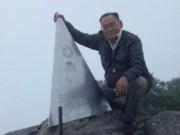 Cụ ông 84 tuổi chinh phục đỉnh Phan-xi-păng