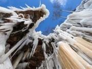 Du lịch - Động băng tuyệt đẹp bên hồ nước ngọt lớn nhất TG