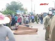 Video An ninh - Thương tâm cảnh hai phụ nữ bị xe tải cán ngang người