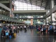 """Tin tức trong ngày - """"Phản pháo"""" xếp 2 sân bay VN vào top 10 sân bay kém"""