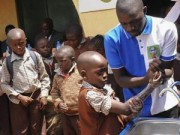 Nigeria tuyên bố thoát khỏi đại dịch Ebola