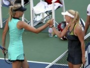 Thể thao - Sharapova - Wozniacki: 3 set kịch chiến (WTA Finals)