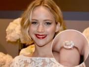 Sau vụ ảnh nóng, Jennifer Lawrence khoe nhẫn đính hôn