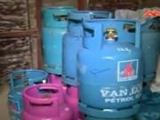 Thị trường - Tiêu dùng - Phát hiện khu chiết gas lậu quy mô lớn giữa Thủ đô