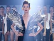 Thời trang - Xuân Lan hóa phù thủy sexy điều khiển Top 16 VNTM