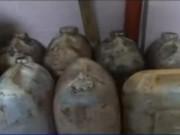 Thị trường - Tiêu dùng - Đột kích lò sản xuất dầu ăn siêu bẩn quy mô lớn