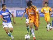 Bóng đá Việt Nam - Tiền của V.League 'chảy' đi đâu?