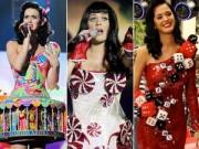 """Người mẫu - Hoa hậu - Những trang phục sân khấu """"hàng độc"""" của Katy Perry"""