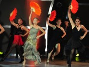"""Sao ngoại-sao nội - Đoan Trang """"lấn sân"""" nhảy múa gây ấn tượng mạnh"""