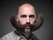 """Cười 24H - Sáng tạo chết cười với bộ râu """"bá đạo"""""""