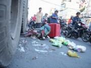 Tin tức trong ngày - TP.HCM: Container gây tai nạn làm kẹt xe kinh hoàng