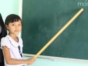 Giáo dục - du học - Cô bé lớp 3 có 2 năm làm... giáo viên ở Quảng Nam