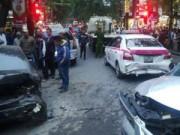 Tin tức trong ngày - Hà Nội: Xe điên đâm liên hoàn, 5 ô tô hư hỏng nặng
