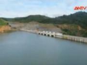 Video An ninh - Tìm thấy thi thể đầu tiên trong vụ lật xuồng ở Lâm Đồng