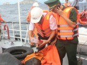 Tin tức trong ngày - 2 tàu hàng va nhau: Không thuyền viên nào bám được phao