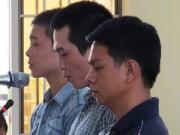 An ninh Xã hội - Khánh Hòa: Xét xử vụ học sinh bị công an xã đánh tử vong