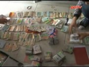 Video An ninh - Phát hiện hàng nghìn thẻ sinh viên trong tiệm cầm đồ