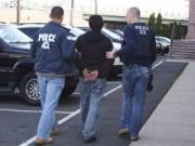 """Tin tức trong ngày - Obama """"gồng mình"""" bảo vệ 5 triệu dân nhập cư trái phép"""