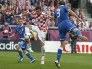 Bóng đá - Italia – Croatia: Run rẩy tranh ngôi đầu
