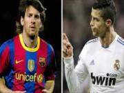 """Bóng đá - Ronaldo thư giãn bên con, Messi """"sát phạt"""" với đồng đội"""