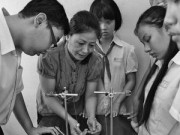 Giáo dục - du học - Giáo viên không phấn trắng, bảng đen