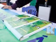 """Bóng đá - Vé AFF Cup 2014 ế ẩm, dân phe tranh thủ """"ôm vé"""""""