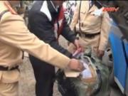 Video An ninh - 220kg pháo lậu Trung Quốc suýt tràn vào nội địa