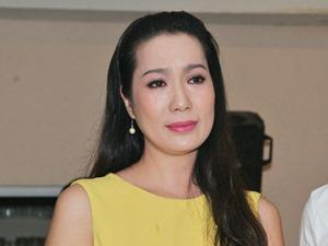 Trịnh Kim Chi rơi nước mắt mừng ngày nhà giáo