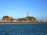 """Du lịch - """"Chú cá heo mắc cạn"""" giữa biển trời Bình Thuận"""