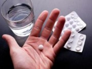 Chữa ung thư kết trực tràng bằng thuốc sốt rét